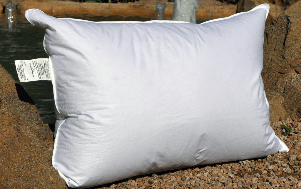 eluxury-goose-pillow-review-1024x643 Best Pillows