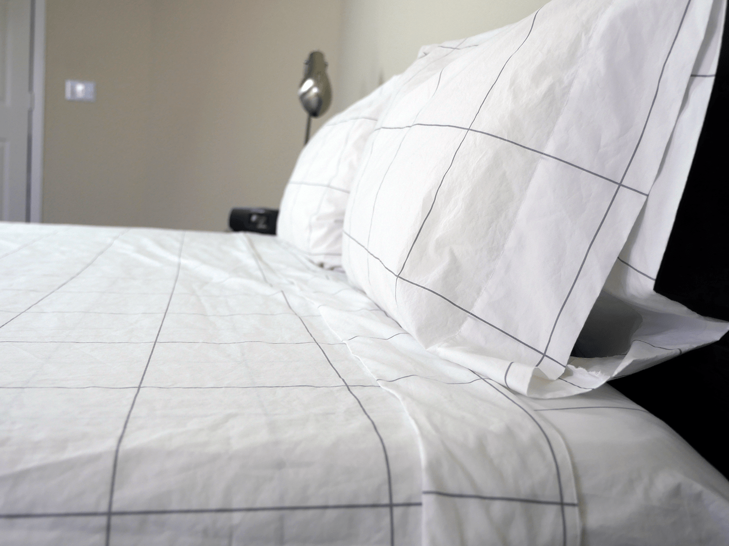 brooklinen-sheets-profile Bed Sheets Ultimate Guide — What Are the Best Types, Materials, and Weaves?