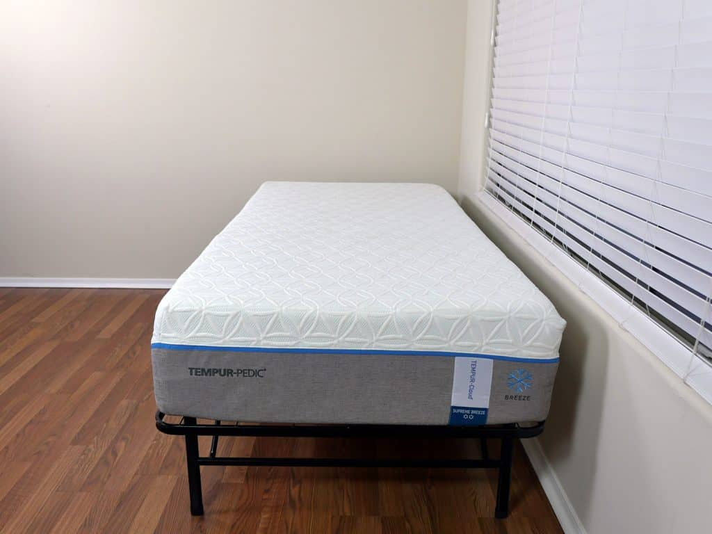 tempurpedic-cloud-supreme-breeze-mattress-comparison-2-1024x768 Casper vs. Tempurpedic Mattress Review