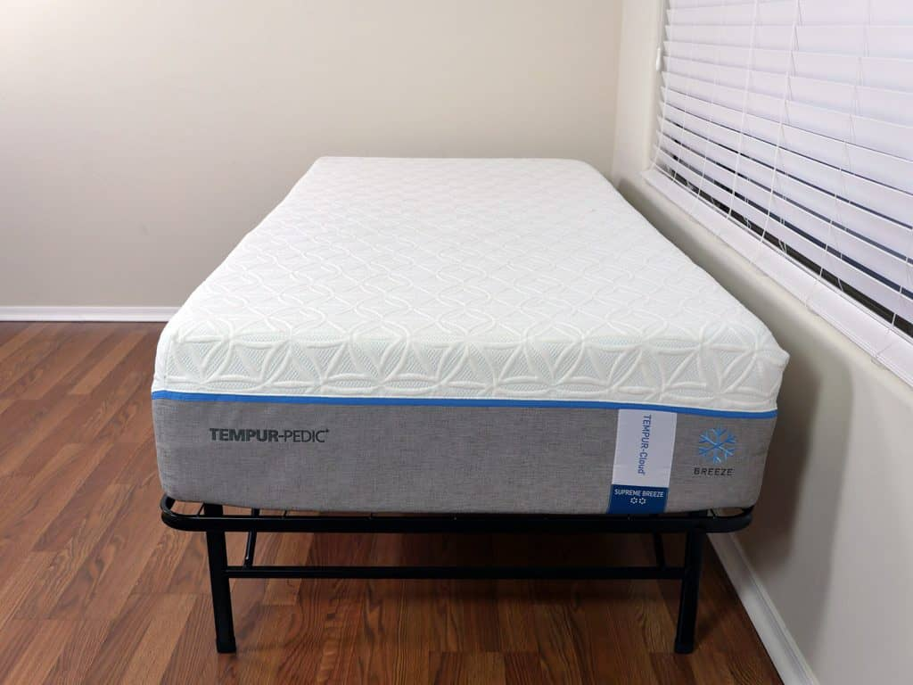 tempurpedic-cloud-supreme-breeze-mattress-comparison-3-1024x768 Loom and Leaf vs. Tempurpedic Mattress Review