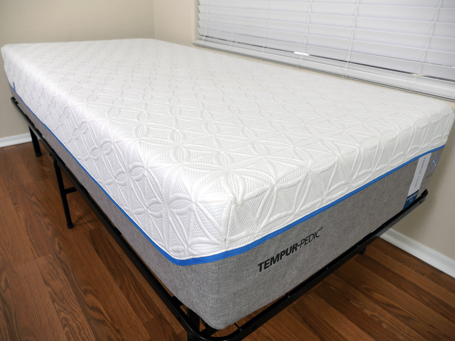 tempurpedic-cloud-supreme-breeze-mattress-cover-2 Amerisleep vs Tempurpedic Mattress Review