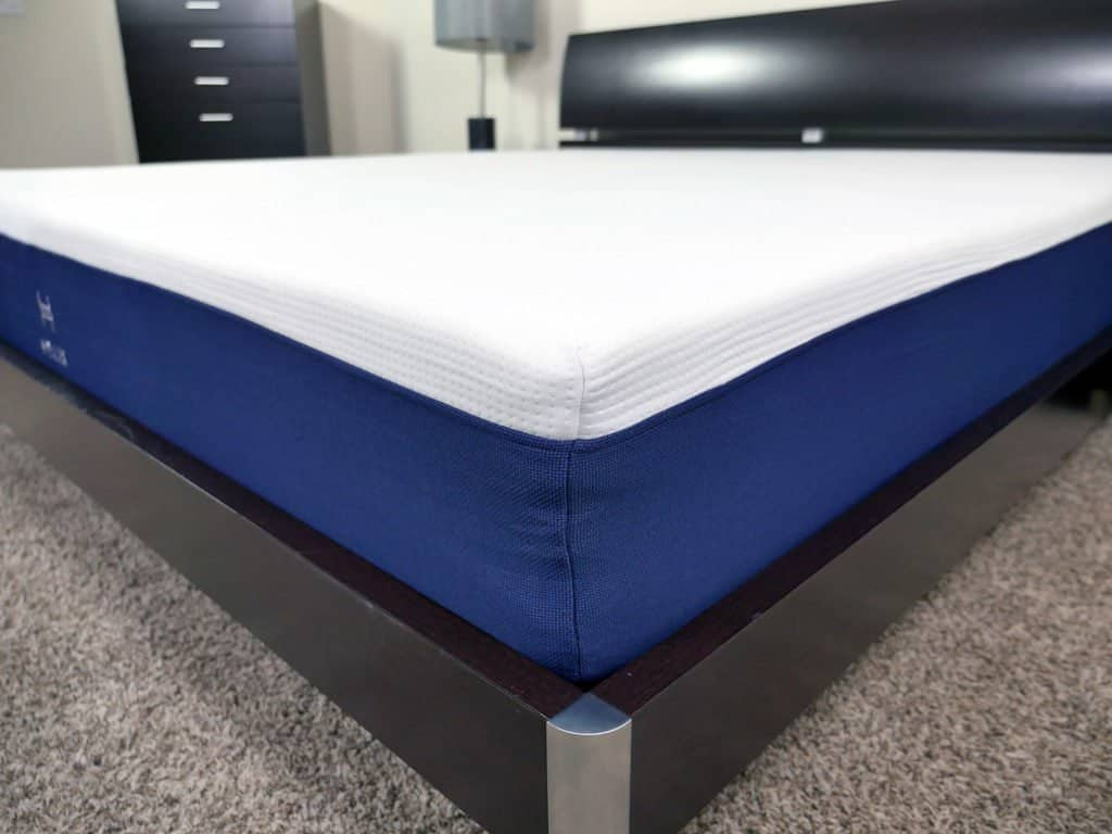 helix-mattress-cover-1024x768 Helix vs. Leesa Mattress Review