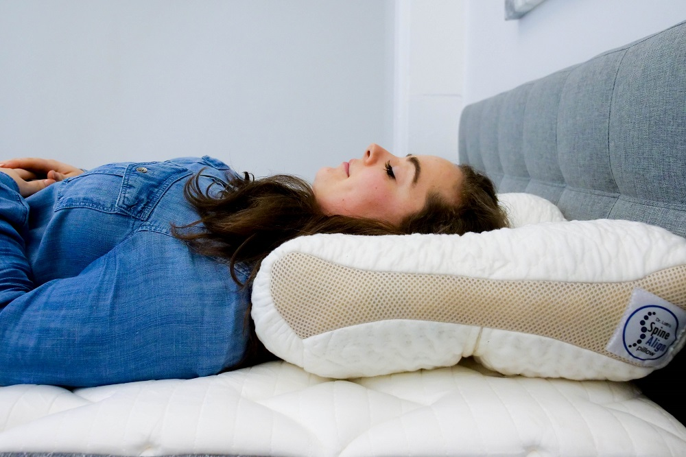 SpineAlign-Back-Sleeper SpineAlign Pillow Review