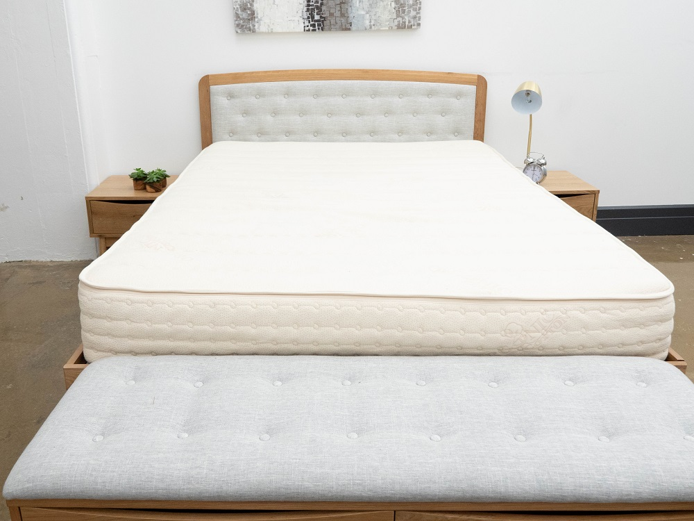 PlushBeds-Queen PlushBeds Botanical Bliss Mattress Review