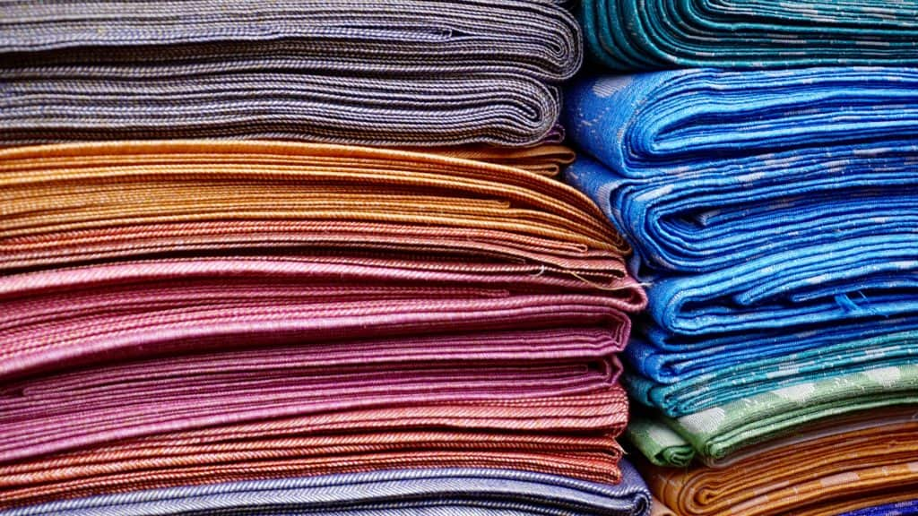 abstract-cloth-colors-365067-1024x576 Marie Kondo's 9 Best Tips for Organizing your Bedroom